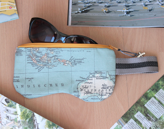Funda gafas mapa AA / Map glasses case